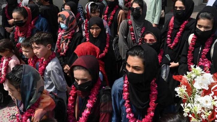 আফগানিস্তান ছেড়ে পালালেন দেশটির নারী ফুটবলাররা
