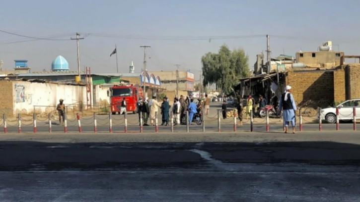 আফগানিস্তানে মসজিদে জুমার নামাজে ভয়াবহ বিস্ফোরণ, নিহত বেড়ে ৩২