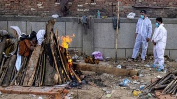 করোনায় আবারও মৃত্যু বেড়েছে ভারতে