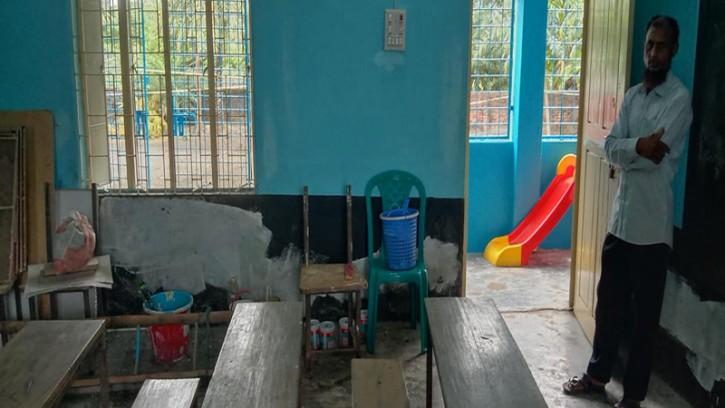 পাইকগাছায় সরকারী প্রাথমিক বিদ্যালয়ের কক্ষ ভাড়া দেয়ার অভিযোগ