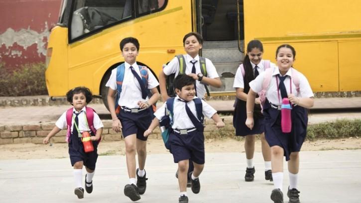 সোমবার থেকে স্কুল খুলছে পাঞ্জাবে